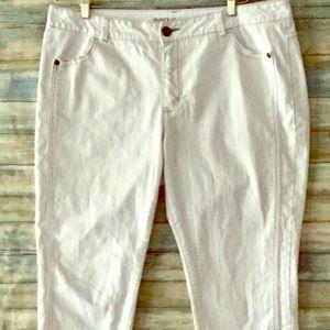 Lane Bryant White Stretchy Jeans Size 18